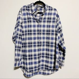 St. John's Bay Shirts - 🛍St. John's Bay Blue & White Plaid Button Down